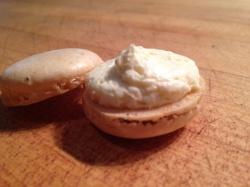 Macaron (Photo Credit: Ben Witten CC BY-NC-SA)